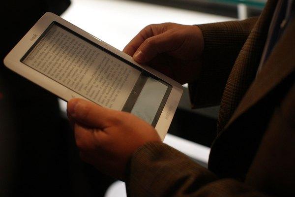 Com o tablet você pode dar adeus aos pesados livros de papel