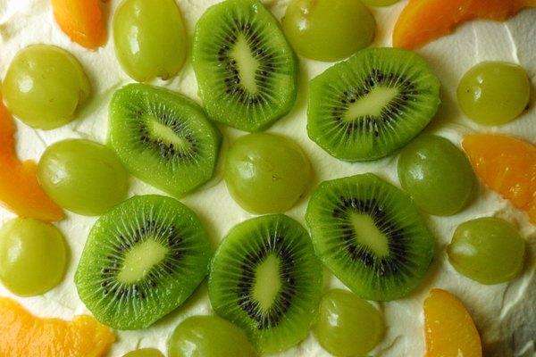 El kiwi tiene más potasio que los plátanos.
