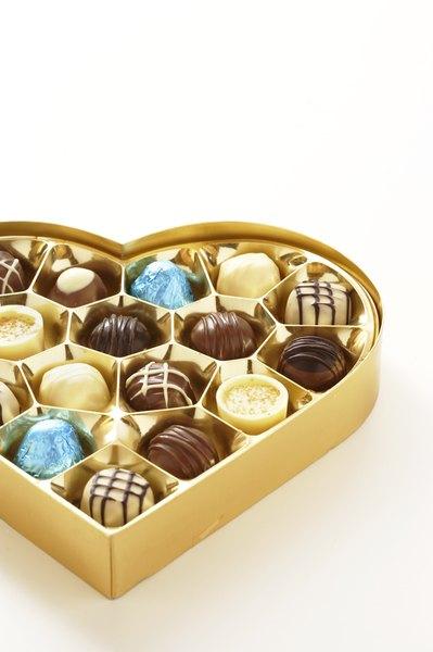 Imagen de una caja con bombones de chocolate