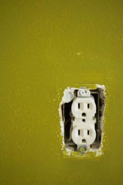 How to Disconnect Back-wiring From a Wall Outlet | Home