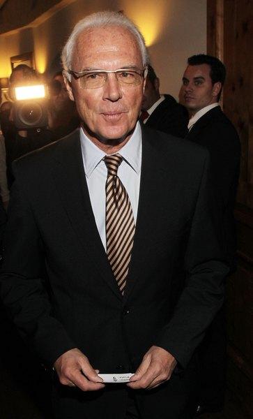 O Franz Beckenbauer é considerado o melhor jogador de todos os tempos
