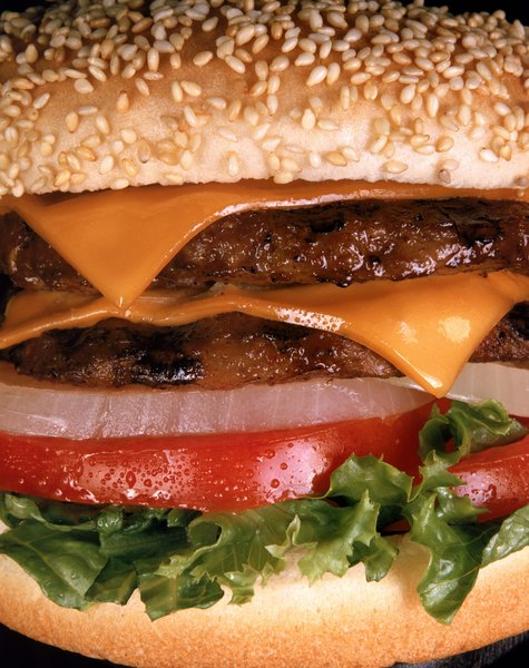 Ground round beef contains 10 grams of fat.