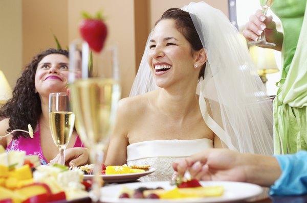 Sirva os convidados da forma mais adequada ao tipo de festa