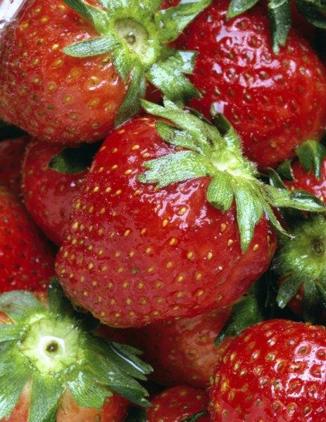 Las fresas deben sentirse firmes al tacto.