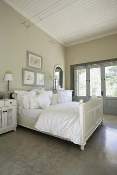How To Decorate A Master Bedroom With Pictures Home Guides SF Gate Interesting How To Decorate A Master Bedroom