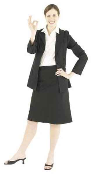 What Attire Should A Woman Wear To A Job Interview - Woman-3894