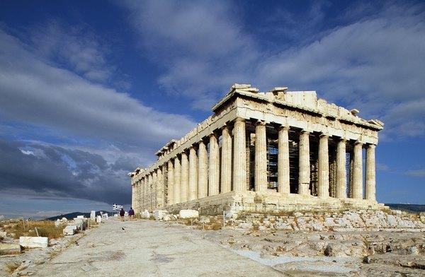 Em Atenas, é possível conhecer um pouco mais sobre a arte e cultura ocidental