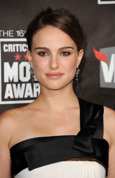 Natalie Portman esteve entre as 20 mulheres mais bonitas da revista People em 2012