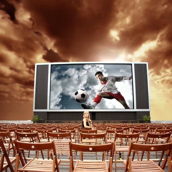 O esporte que é paixão nacional já saiu dos campos para diversos filmes
