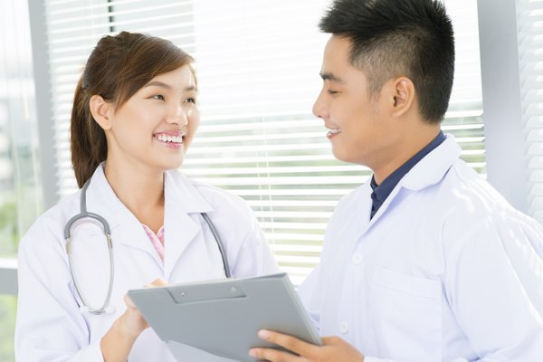 Pros and Cons of Becoming a Pediatrician | Bizfluent