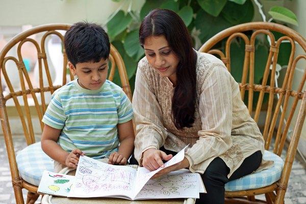 Descubra se os princípios educacionais da babá são os mesmos que os de sua família