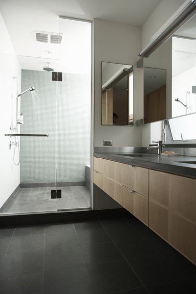 A High End Shower Enclosure Attracts Homebuyers Looking For Modern Interior  Appointments.