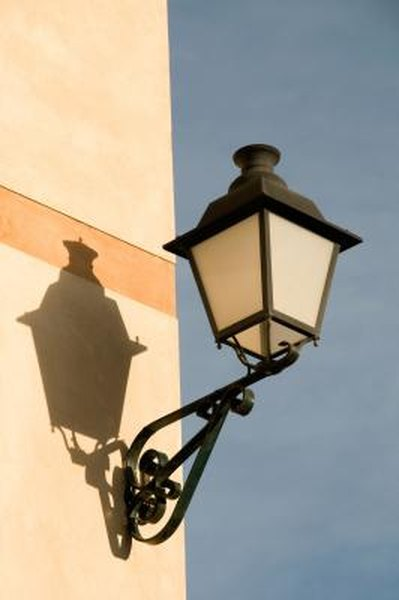 How To Stop Birds From Perching On Light Fixtures Home Guides Sf Gate