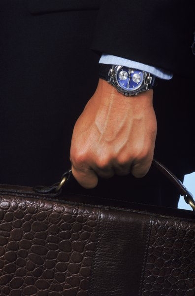 Um relógio adequado ao seu traje