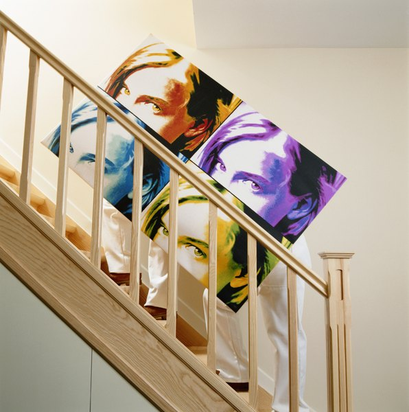 Decorate A Picture: How To Decorate An Enclosed Staircase