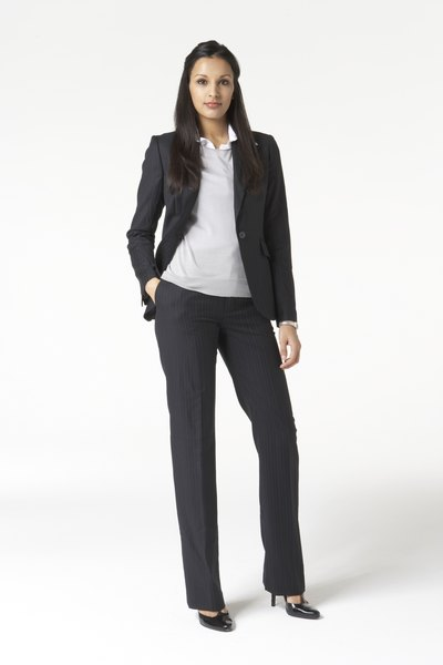How To Dress Stylish For An Interview Woman