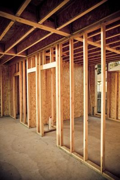 Installing Insulation Under The Floor