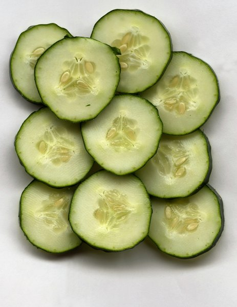 Cucumbers provide moderate amounts of fiber.