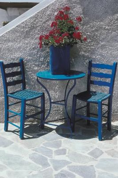 How To Secure Lawn Furniture Home Guides Sf Gate