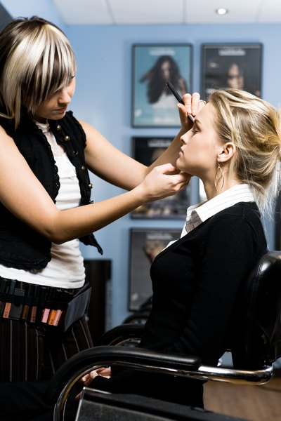 College Courses for Makeup Artists | Education - Seattle PI