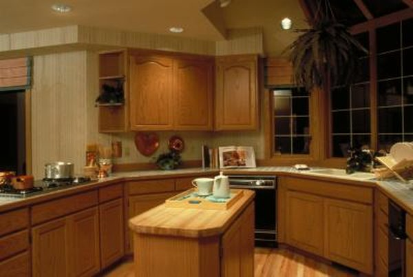 Can I Mix Woods in My Kitchen Cabinets and Flooring?