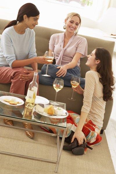 Não gaste dinheiro na balada, faça sua festa em casa