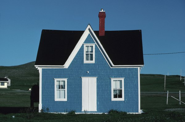 Exterior Paint Combinations for Small Houses | Home Guides