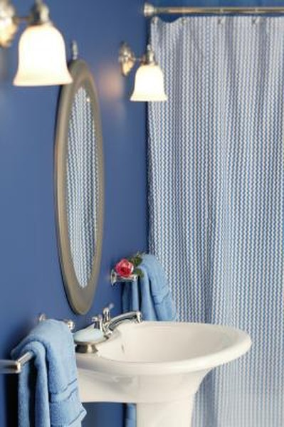 How To Keep Water From Getting Around A Shower Curtain