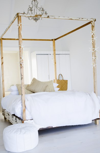 Decorating Ideas For Canopy Beds Home Guides Sf Gate
