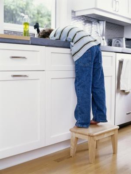 How To Clean White Painted Cabinets That Have Yellowed Home Guides Sf Gate