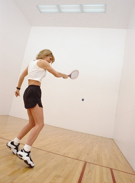 racquetball rules and scoring woman