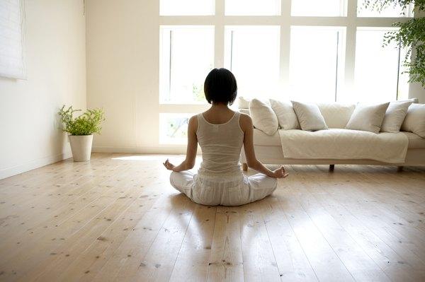 A meditação ajuda você a aliviar o estresse