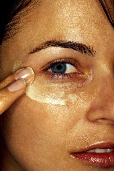 Retinoides podem suavizar as linhas faciais, deixando a pele mais bonita