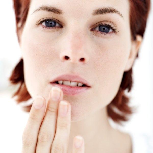 Prático e discreto, o protetor labial é um ótimo aliado para manter os lábios bonitos e saudáveis