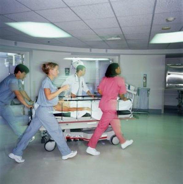emergency room nurses face increasing danger