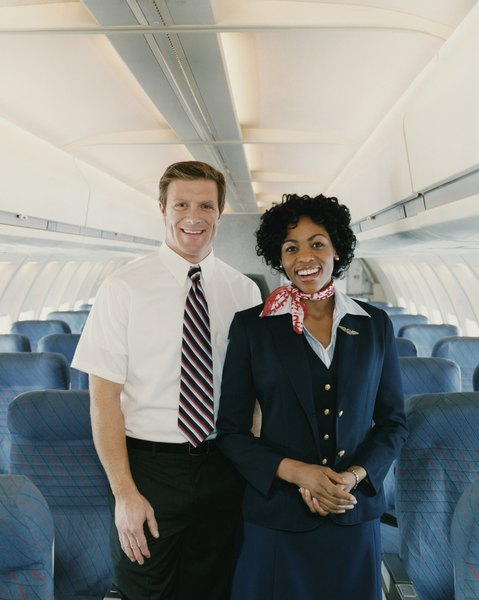 what classes do i take in college to be a flight attendant
