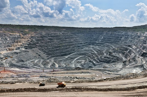 There are large iron deposits in Missouri.
