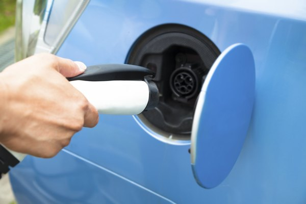can hybrid cars reduce the dependency on fossil fuels essay The cars reduce the dependency on fossil fuels because they are run on  alternative fuels by combining gasoline with electric power, hybrids will have the  same.