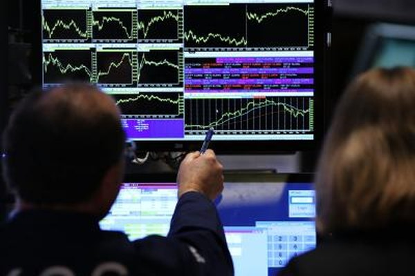 Traders use statistical tools in charts to predict intraday stock prices.