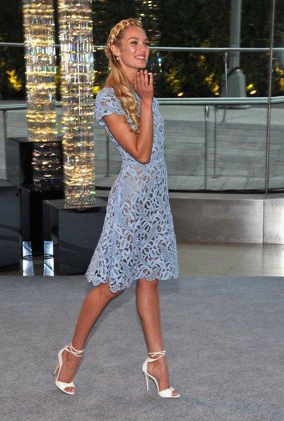 Modelo Candice Swanepoel no 2012 CFDA Fashion Awards