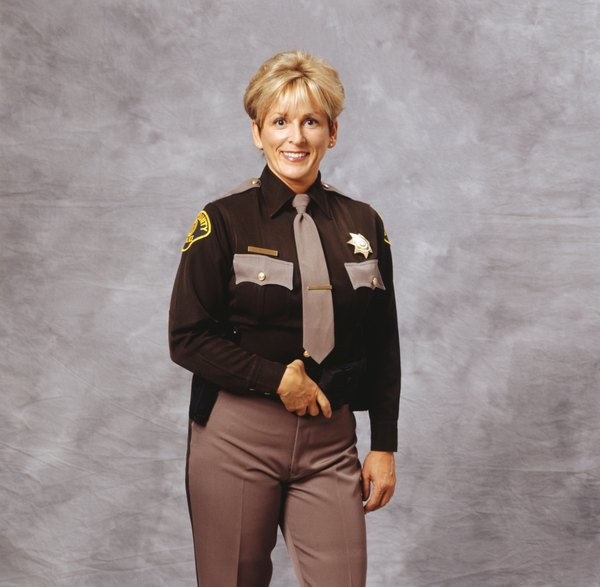 What Are the Ranks in the Sheriff Department? - Woman