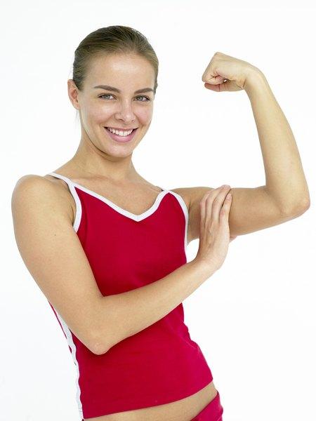 tricep dips vs close grip pushups woman