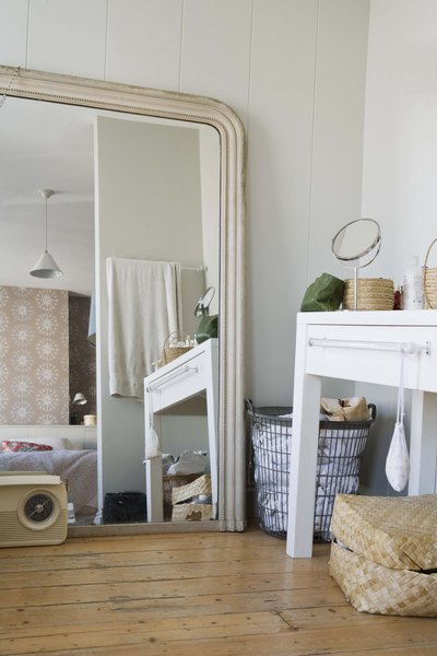 How To Display Mirrors In A Living Room Home Guides Sf Gate