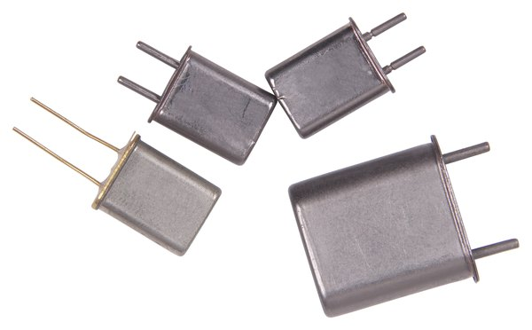 Some non-polarized capacitors have a radial design.