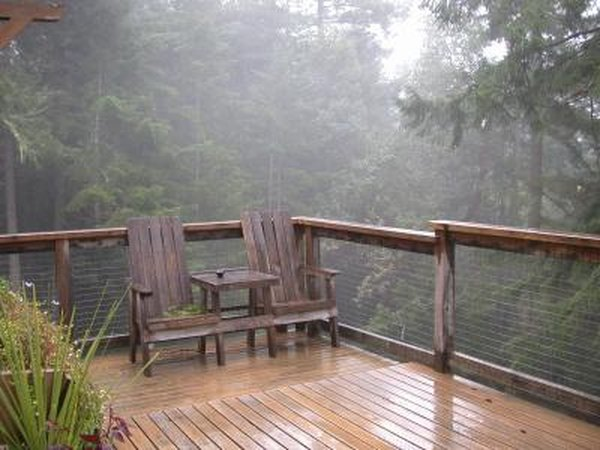 The Average Cost for a 2nd Story Deck | Home Guides | SF Gate on lake house deck designs, beach house deck designs, ranch house deck designs,