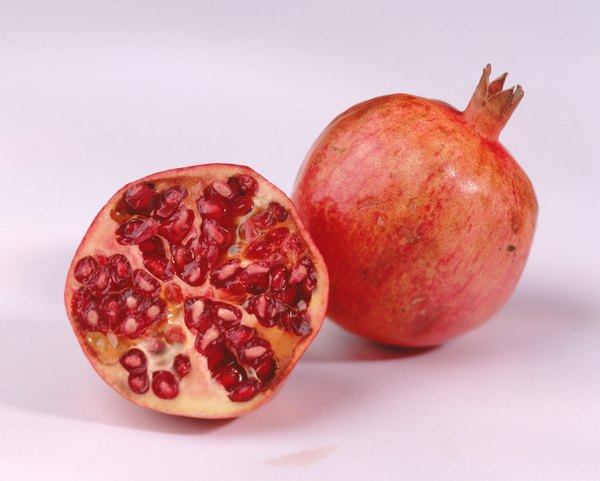 The Benefits Of Pomegranate Juice Woman