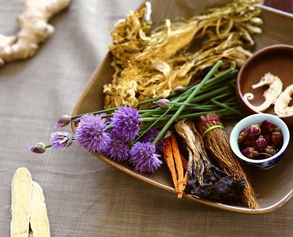 A medicina tradicional pode oferecer alívio a sintomas de doenças comuns