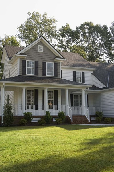 Vinyl Siding Costs Vary Depending On Thickness And Quality