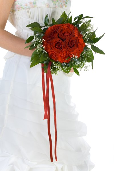 Making Your Own Wedding Bouquet Vs. Buying - Budgeting Money