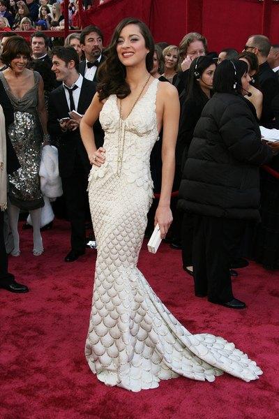 Em 2008, Marion Cotillard usou um modelo Jean-Paul Gaultier na cerimônia do Oscar